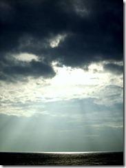 240px-Sunshine_at_Dunstanburgh